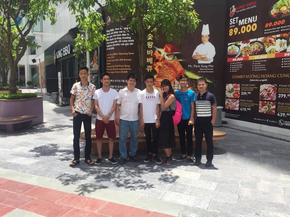 Trung tâm học toán thầy Quang giao lưu